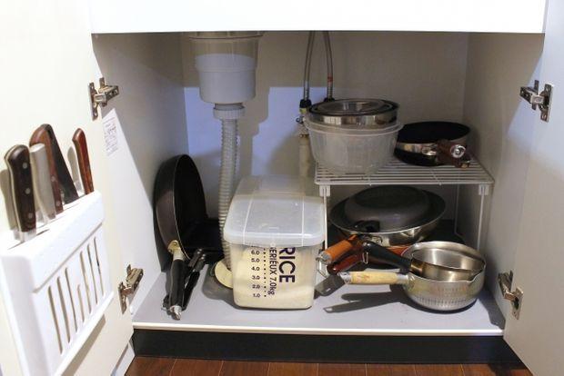 下 収納 キッチン